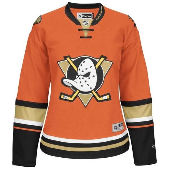 new product 7045a 19e62 Women's Anaheim Ducks Jersey NWT